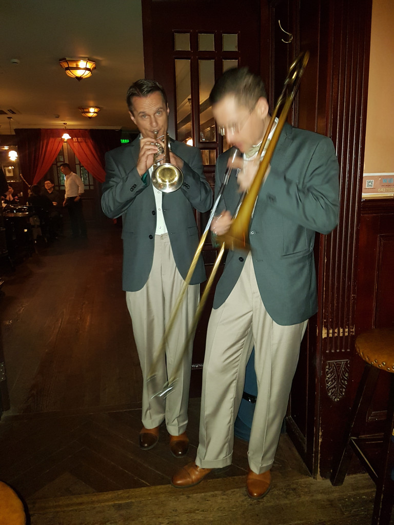 13. A Shanghai-i Blues & Jazz Clubban (2)